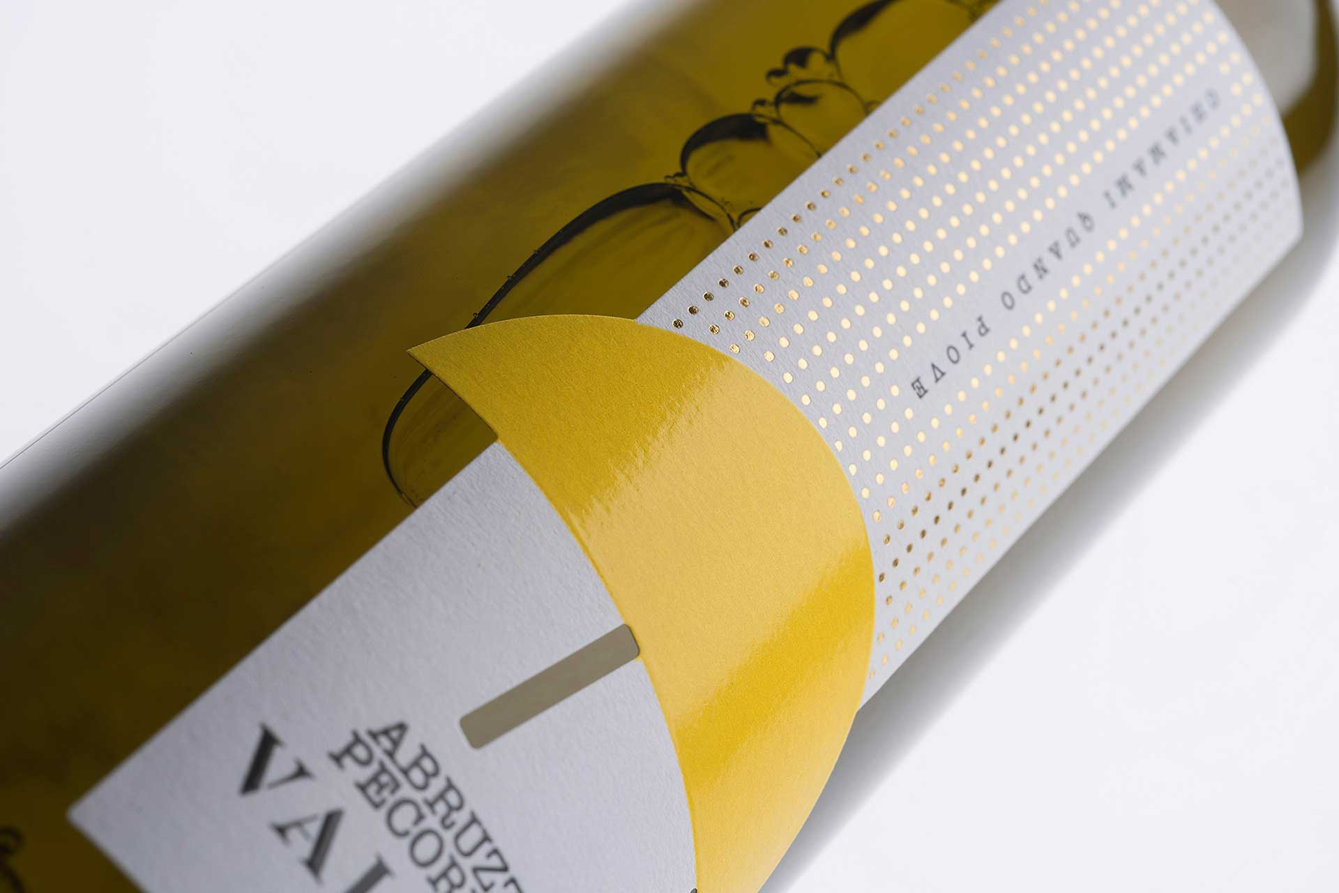spazio-di-paolo-mario-packaging-luigi-valori-wine-label-design-2